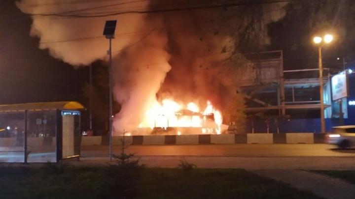 Логвиненко ответил, почему в Ростове горят автобусы