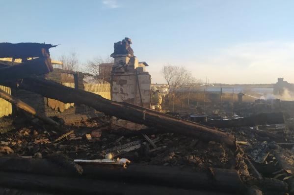 Несколько курганских семей лишились жилья из-за пожаров