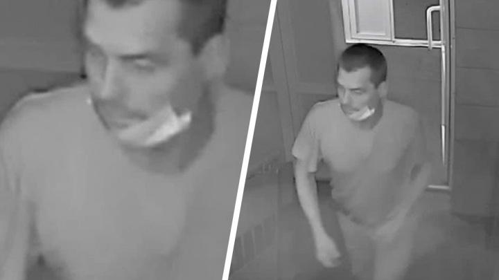 Напавшего на девушку извращенца разыскивают в Красноярске