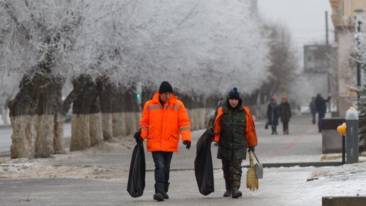 Жизнь после Нового года: показываем, кто будил Волгоград сонным утром 1 января
