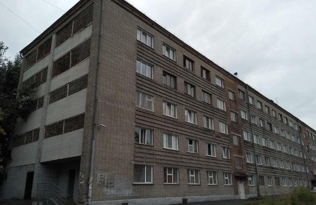 Студентов НГУАДИ выселяют из общежития на три месяца — им предлагают перейти на дистант