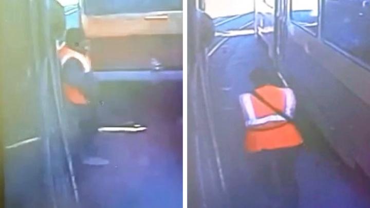 На кольце ВИЗа, где кондуктора зажало между трамваями, придумали новые правила проезда вагонов