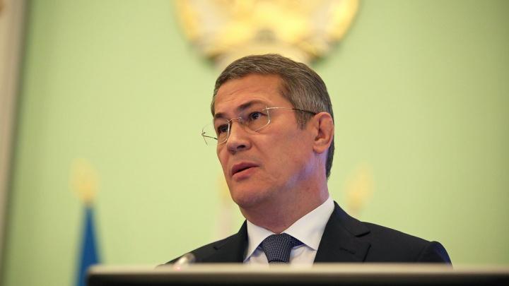 «Это мракобесие»: Хабиров высказался об антипрививочном настроении у горожан в соцсетях