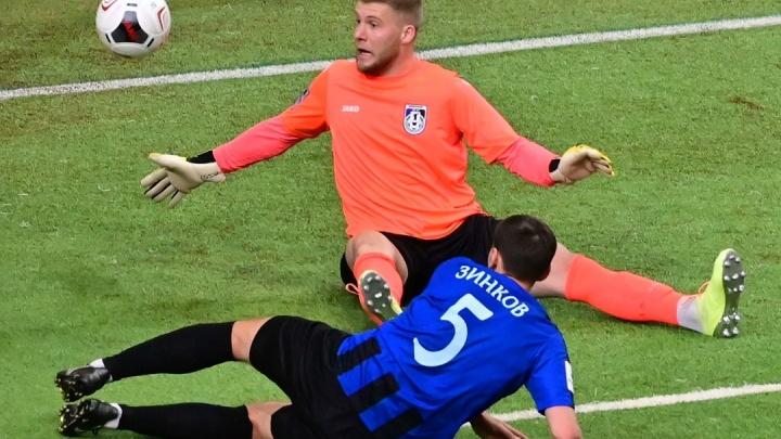 Футбольный «Енисей» разгромил ярославский «Шинник» со счетом 6:0