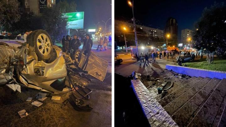 Перевернувшаяся «Хонда» пыталась объехать мотоциклистов: подробности аварии на Красном проспекте с тремя пострадавшими