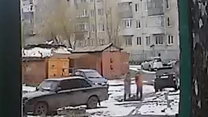 Полиция нашла мужчину, который наехал на лежащего без сознания человека вАрхангельске