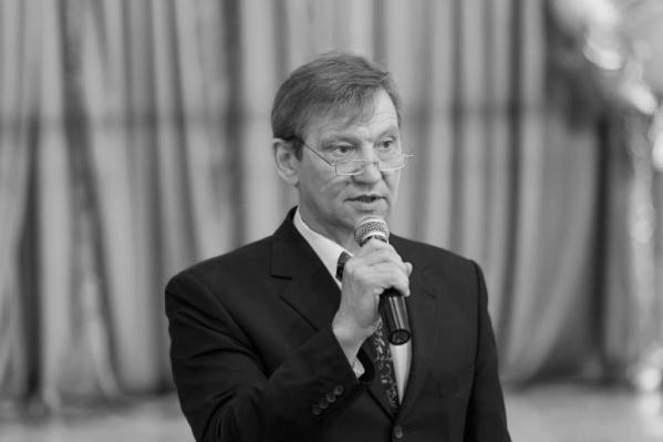 Первый выпуск школьников у Андрея Леонидовича состоялся в 1987 году