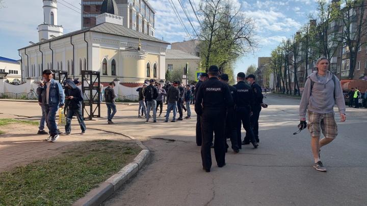 Из-за празднования Ураза-байрама центр Ярославля встал в пробки