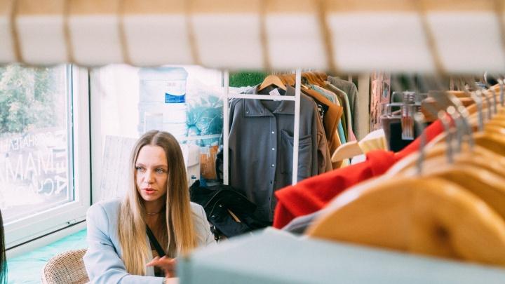 Бизнес в декрете: омичка удачно купила слинг для первенца и за несколько лет стала владелицей магазинов