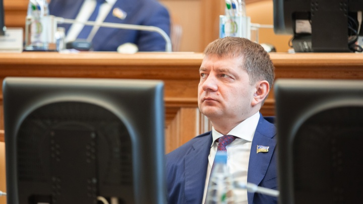 Депутаты ХМАО назвали свои официальные доходы: от двух до 800 тысяч рублей в день