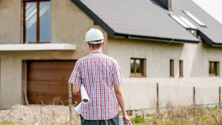 Реально ли построить быстро дом или гараж: начать придется с фундамента, пола и утеплителя