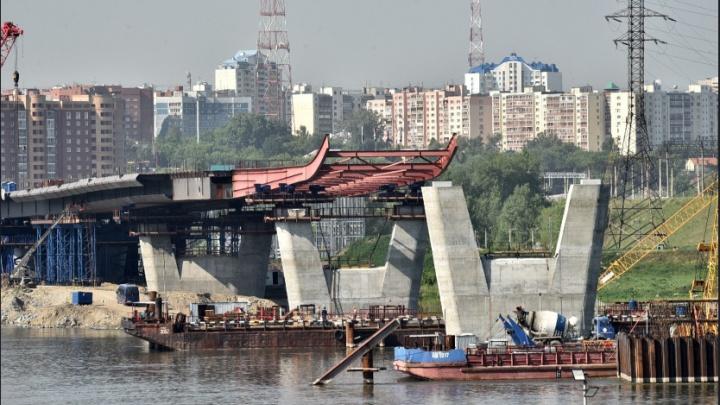 Запустят к концу 2022 года: строители четвертого моста приступили к сооружению пилона в виде буквы Н