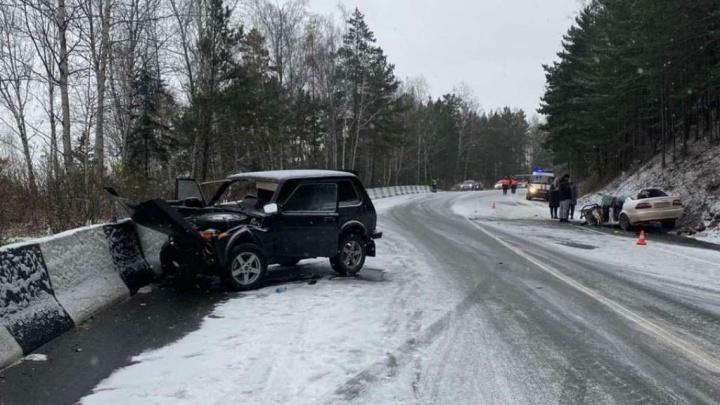 Первый снег в Красноярске: пробки, аварии и гигантские очереди на шиномонтаж