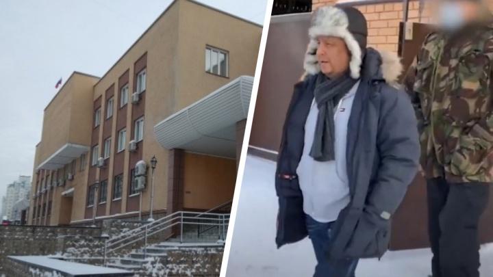 Суд продлил арест начальнику новосибирского ТУАД и его брату на 3 месяца