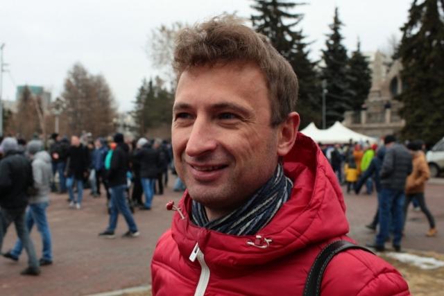 У Алексея Табалова более чем двадцатилетний опыт участия в уличных движениях