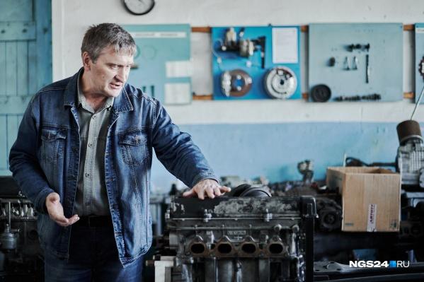 Николай Мальцев стал директором техникума в 2009 году, до этого руководил школой в селе Степном