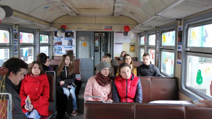 В Омской области запустят дополнительную электричку до Москаленок