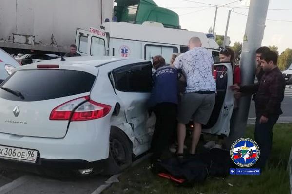 Автомобилистам потребовалась помощь спасателей