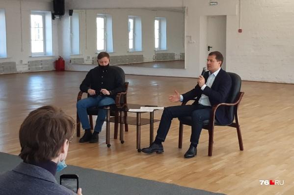 Владимир Волков два часа разговаривал с журналистами