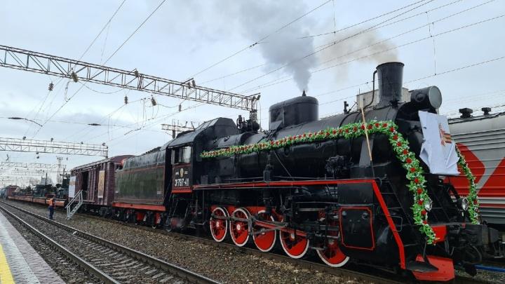 Ретропоезд «Воинский эшелон» отправился из Волгограда в праздничный тур по трем регионам России