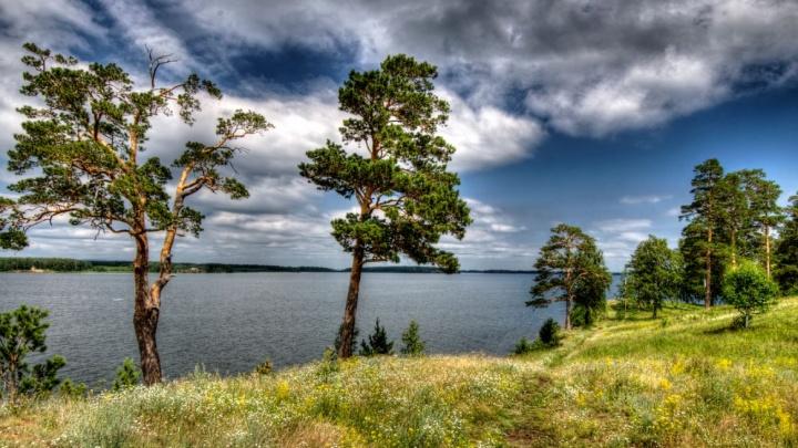 Много воды и мало людей: три уральских озера для отдыха в выходные