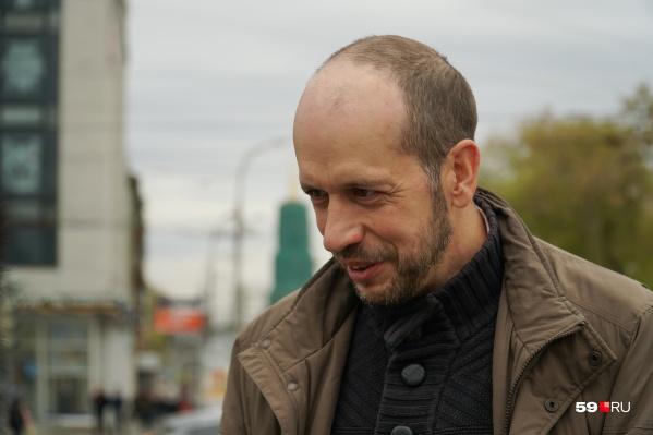 Денис Галицкий хочет в суде доказать, что новый состав комиссии по землепользованию и застройке сформировали с нарушениями