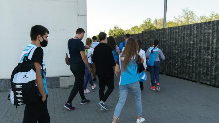 Донским школьникам продлили осенние каникулы из-за COVID-19