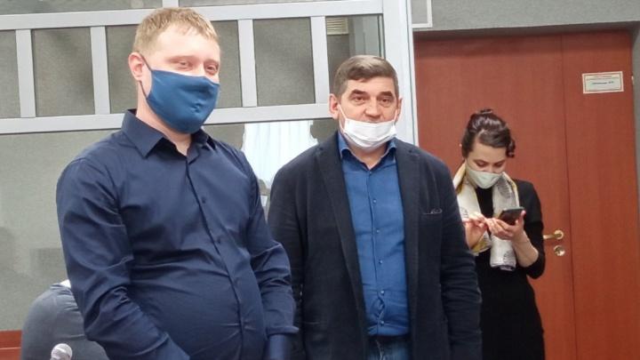 Экс-начальник краевого УКСа попросил в суде прощения у владельцев гаражей, снесенных на Разгуляе