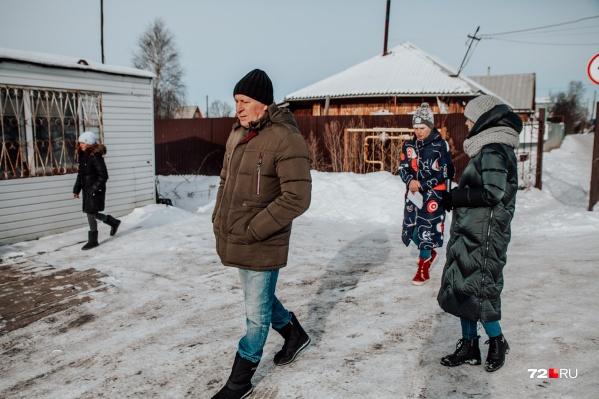 """Жители борются со снежным полигоном с осени <nobr class=""""_"""">2020 года</nobr>"""