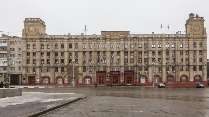 Волгоградский главпочтамт на площади Павших Борцов ждет капитальный ремонт