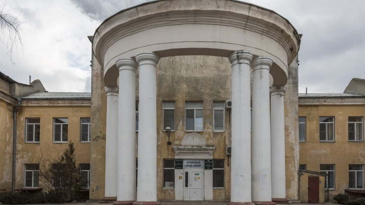 «Некому рожать. Все уехали в Москву»: в Волгограде роддом ждет расформирования и закрытия