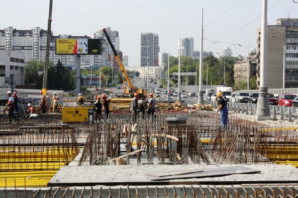 Строители просят жителей Екатеринбурга с пониманием отнестись к ситуации