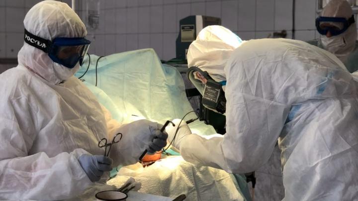 Врачи больницы им. Вагнера удалили пожилой пациентке с пневмонией гематому головного мозга