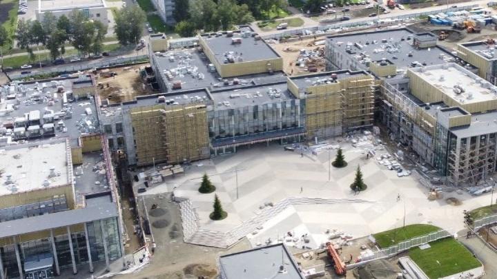 Власти показали, как выглядит изнутри культурный кластер в Кемерово. Показываем фото масштабного объекта