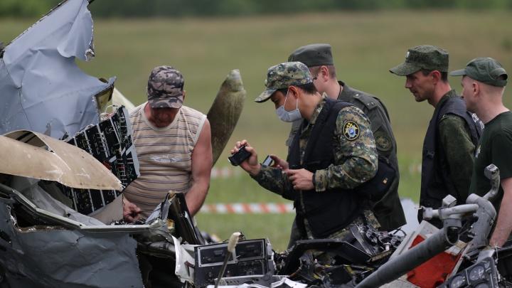 Следователи возбудили уголовное дело по факту крушения самолета на Танае