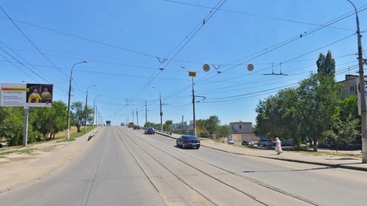 Да здравствуют огромные пробки: в Волгограде готовятся к ремонту путепровода на улице 40 лет ВЛКСМ