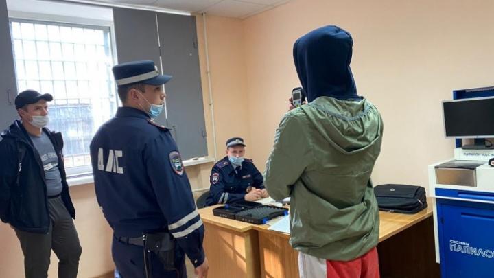 В Тюмени наказали лихача, который наехал на толпу у скандального бара