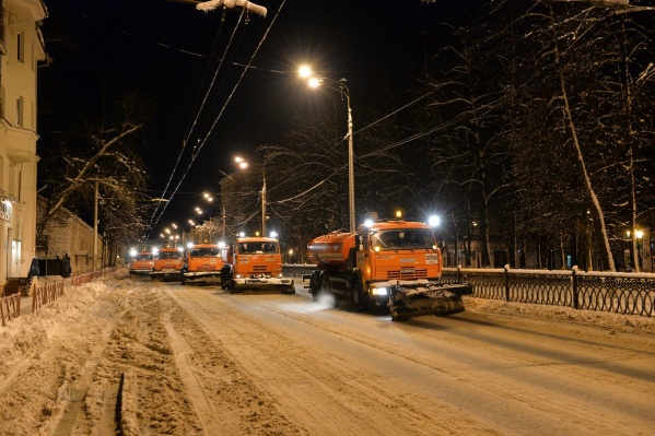 112 единиц техники готово: власти города смотрят на предстоящую зиму с оптимизмом