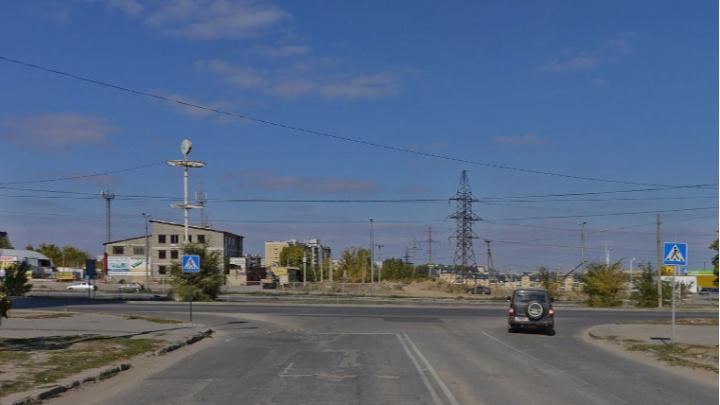 На Третьей Продольной в Волгограде сделают надземный пешеходный переход
