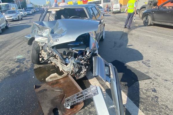 Машины получили серьезные повреждения
