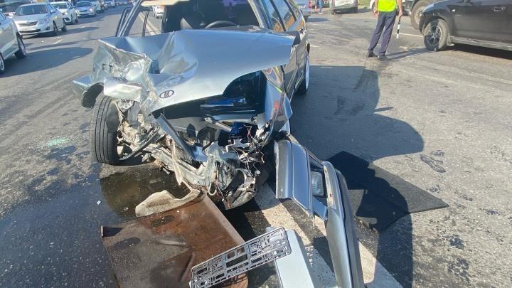 В Уфе в массовом ДТП с автобусом пострадали два человека. Оба в больнице