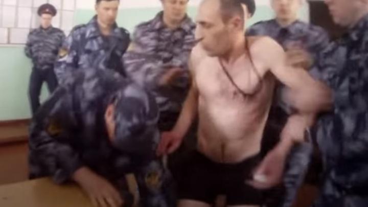 Уже сидят за другие пытки: УФСИН прокомментировало смертельное избиение в ярославской колонии
