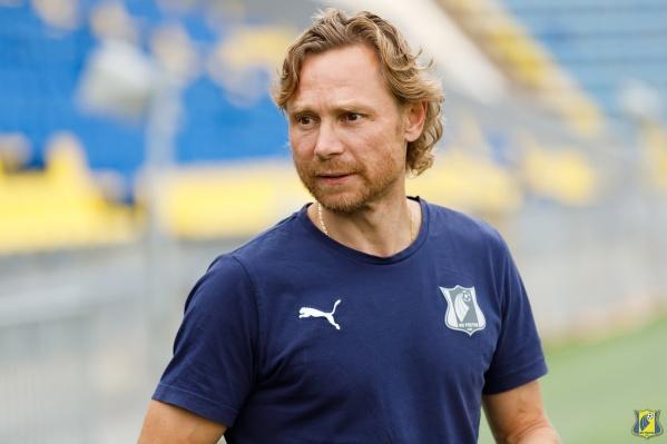 Карпин хочет возглавить сборную, но и «Ростов» покидать не собирается