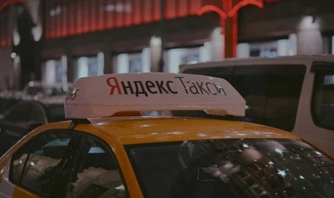 Отличница за рулем: таксистка из Саратова выиграла 50 000 рублей за отменное знание ПДД