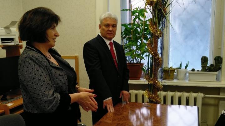 Суд отказался возвращать на работу уволенного главу скорой помощи Самарской области
