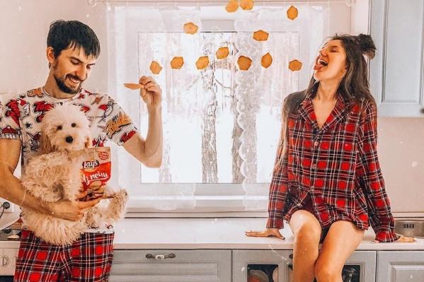 В Instagram жизнь пары казалась наполненной счастьем и гармонией