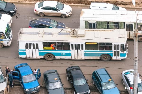 """Сейчас троллейбус <nobr class=""""_"""">№ 6</nobr> не доезжает до микрорайона «Волгарь»"""