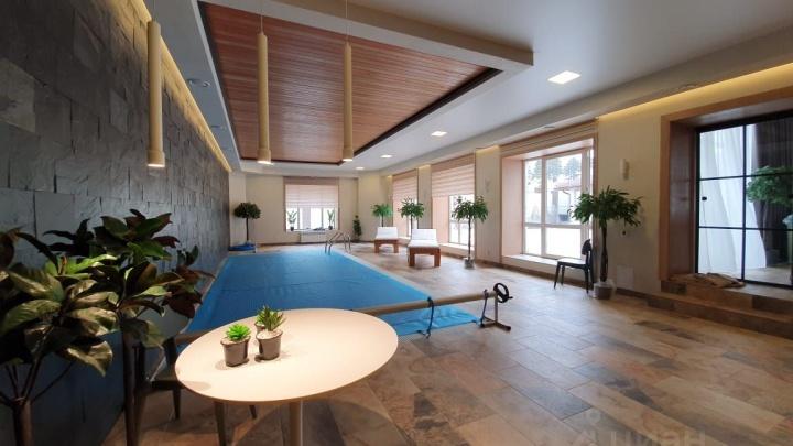 Под Уфой продают дом за 72 миллиона рублей. Узнали, кем надо работать, чтобы построить такой