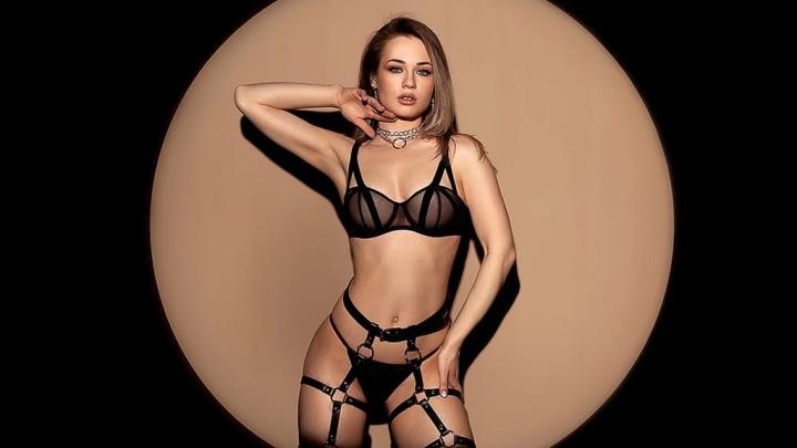«На моей голове нет короны»: девушка из Ярославля стала финалисткой конкурса красоты журнала MAXIM