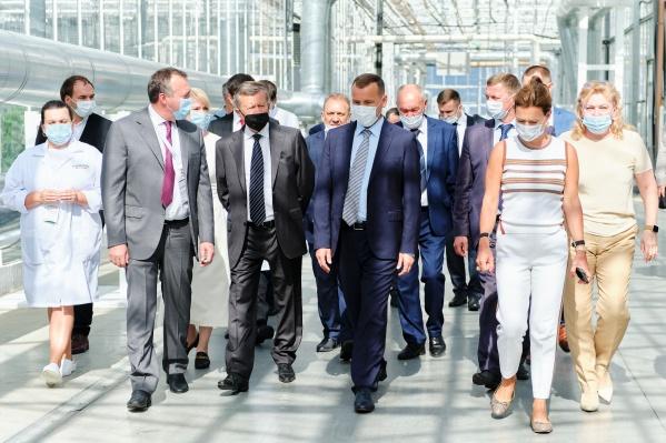 Экскурсия делегации по агрокомплексу «Мартыновский»